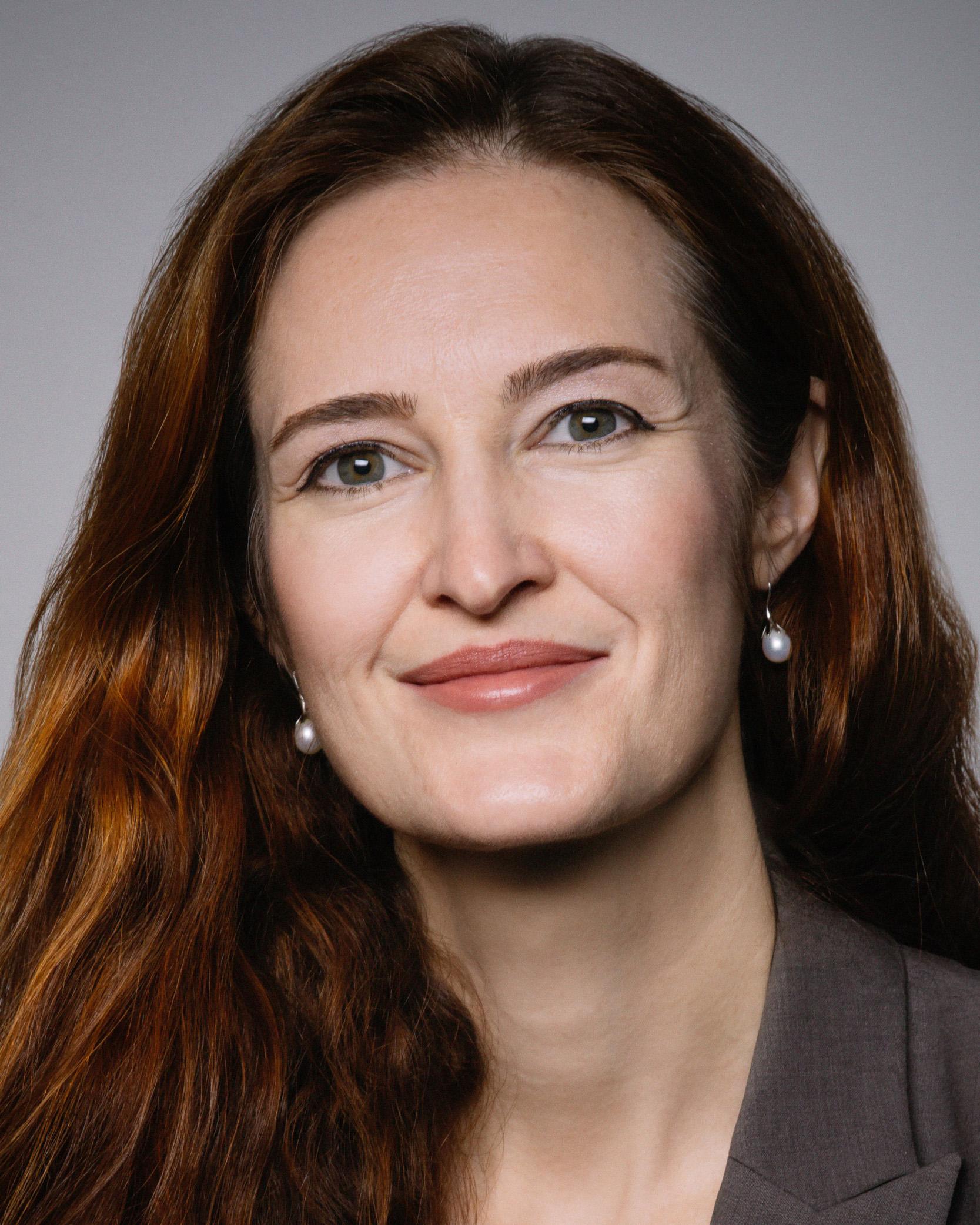 Photo of Moira Heiges-Goepfert